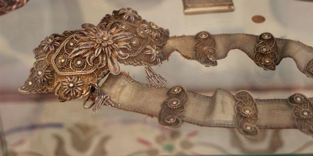 Belt worked in filigree