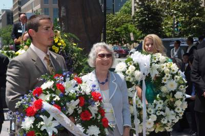 Inci Bowman at Wreath-Laying Ceremony